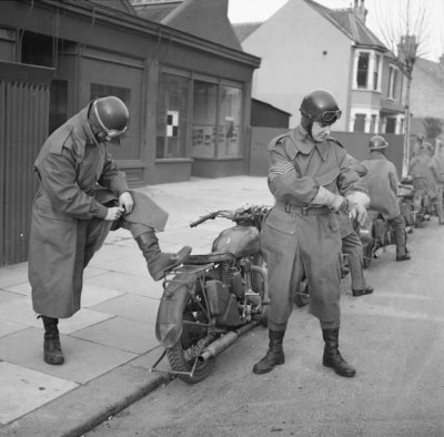 Royal-Army-Service-Corps-despatch-riders-Southend-6-Jan-1943